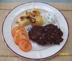 Zwiebelburger mit Kräutercreme