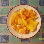 Leche asada con ensalada de frutas ( Gebackene Milch und Obstsalat)